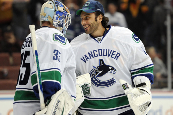 Schneider (left) and Luongo (image courtesy of SB Nation)