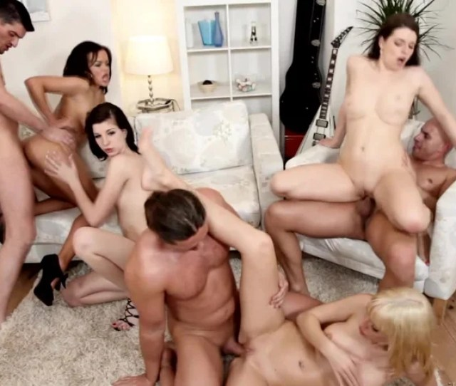 Great Group Porn Video By Gorgeous Ladies And Strong Fuckers