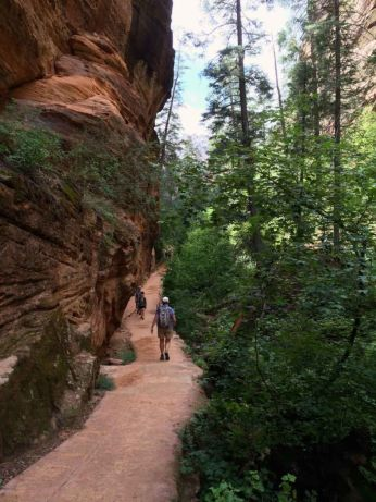 Hiking Down Refrigerator Canyon
