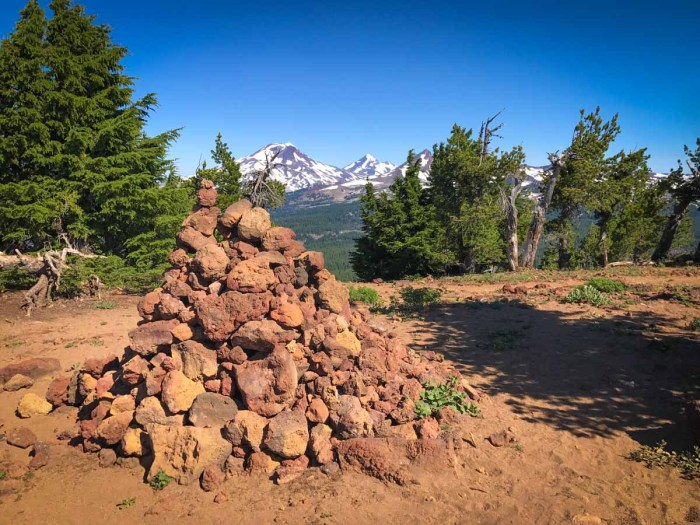 Rock cairn at the summit of Tumalo Mountain