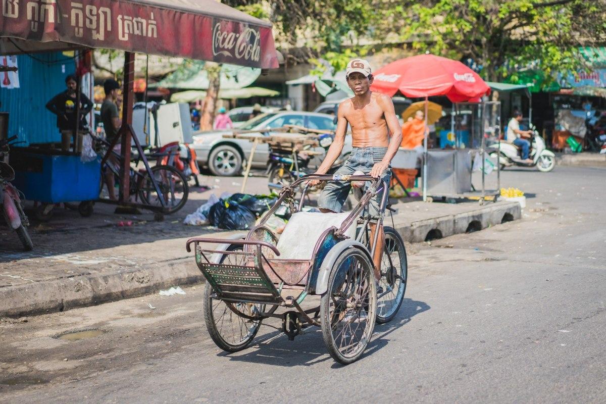 Portretten van Cambodjanen: op weg naar de markt