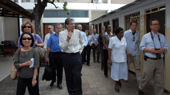 Julio Frenk, (center at head of group) Dean of the Harvard School of Public Health (HSPH), visited Tanzania and Botswana in February 2011, accompanied by David Hunter, Dean for Academic Affairs, and a number of distinguished visitors.