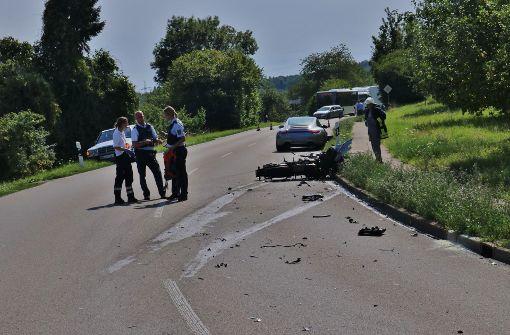 Zu einem schwere Unfall zwischen einem Porsche und einem Motorrad ist es am Mittwochnachmittag in Winterbach gekommen. Foto: 7aktuell.de/Kevin Lermer
