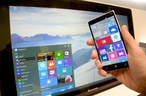 Windows 10 soll auch Smartphones und PC besser miteinander verbinden. Foto: dpa
