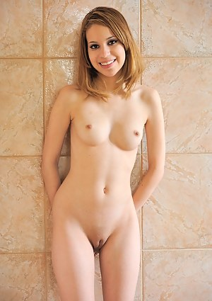 Girls Tight Pussy Pictures