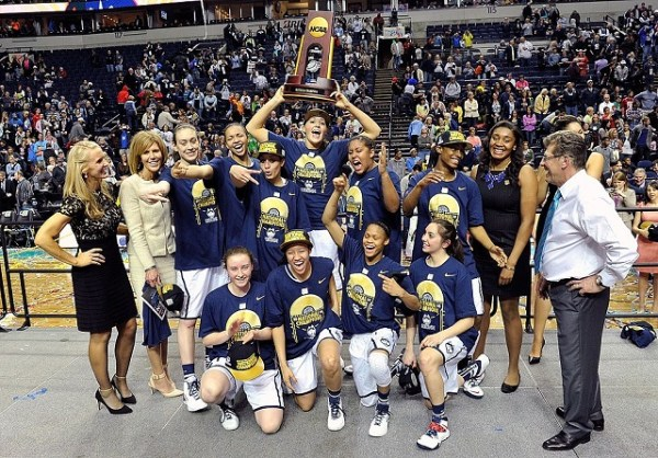 Are the 2016 UConn women the most dominant Huskies team ever?