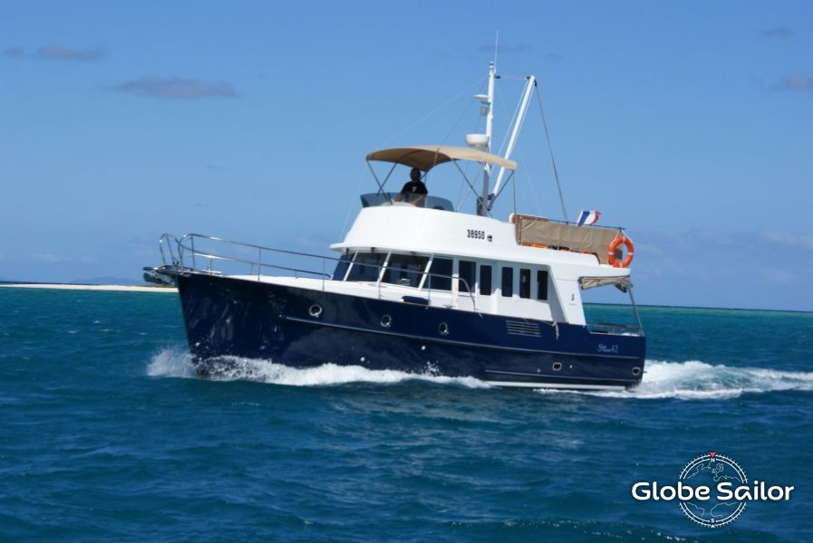 Rental Swift Trawler 42 From The Charter Base Marina Nava