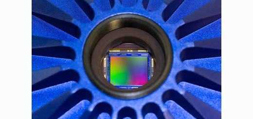 ZEISS_Axiocam_506_View_of_image_sensor_inside_the_camera