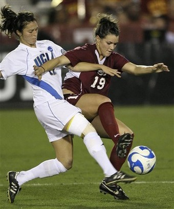 Megan Ohai soccer.jpg
