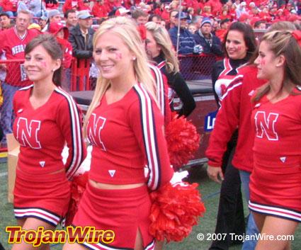 NEBRASKA_Cheerleaders_2007.jpg