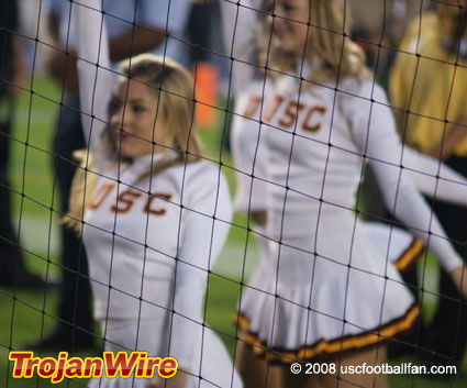 usc-cheerleader-blurred.jpg