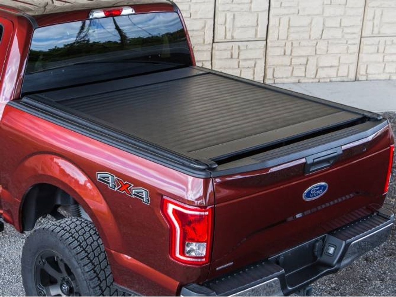 https leonardaccessories com product retractable bed covers pace edwards ultragroove tonneau cover kit