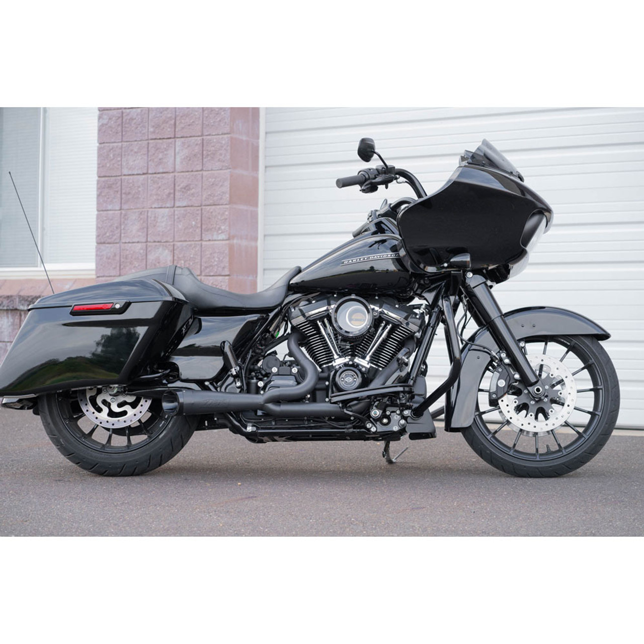 two brothers racing turnout shorty 2 1 exhaust for 2017 2020 harley touring black