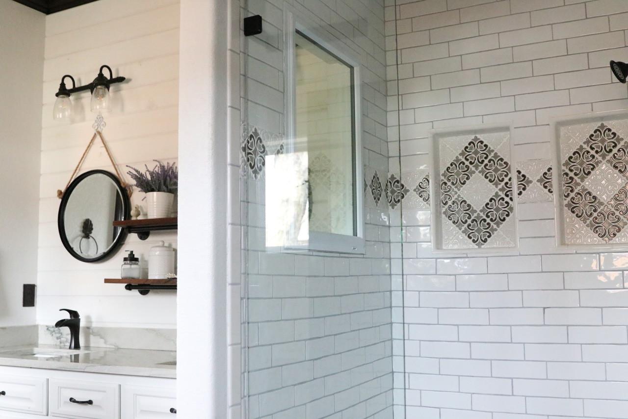 hiser handmade tile border niches