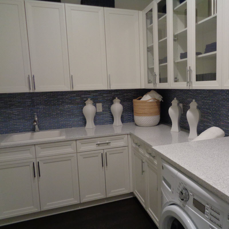 iridescent mosaic tile design ideas
