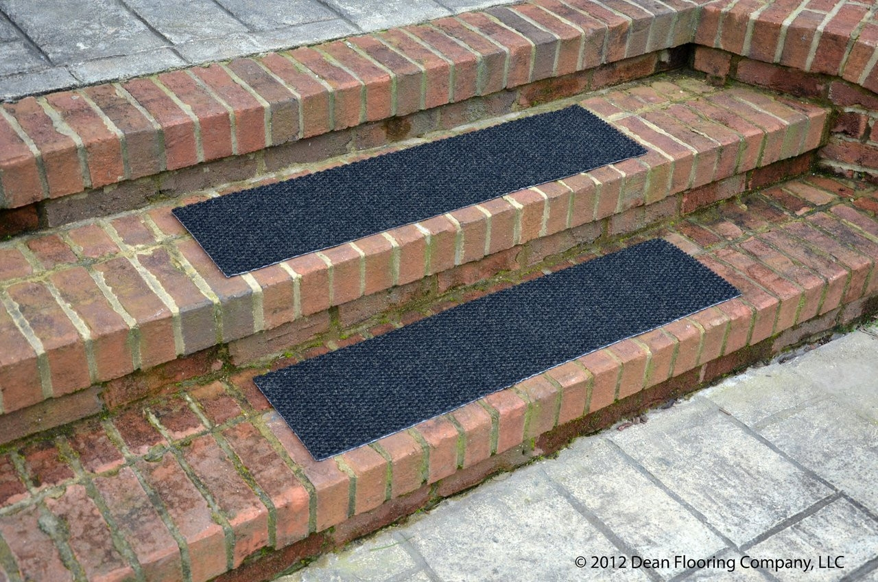Dean Indoor Outdoor Non Skid Carpet Stair Treads Black 36 X 9 | Indoor Outdoor Carpet For Stairs | Slip Resistant Rubber Backing | Interior | Electric Blue | Stair Residential | Diamond Pattern