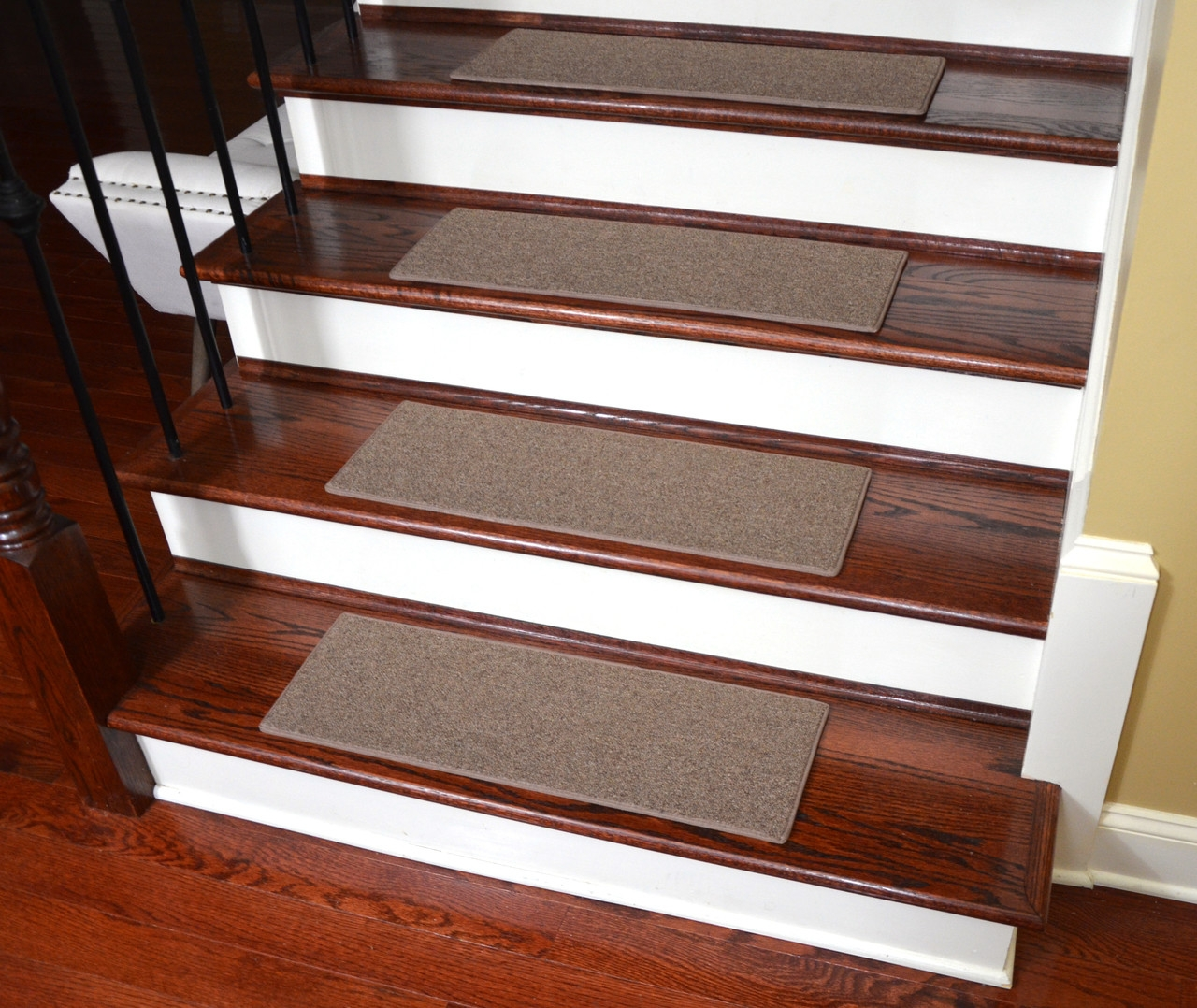 Non Slip Tape Free Carpet Stair Treads For Dogs Set Of 15 | Earth Rugs Stair Treads | Christmas Tree | Area Rugs | Rectangle Stair | Jute Fiber | Oval