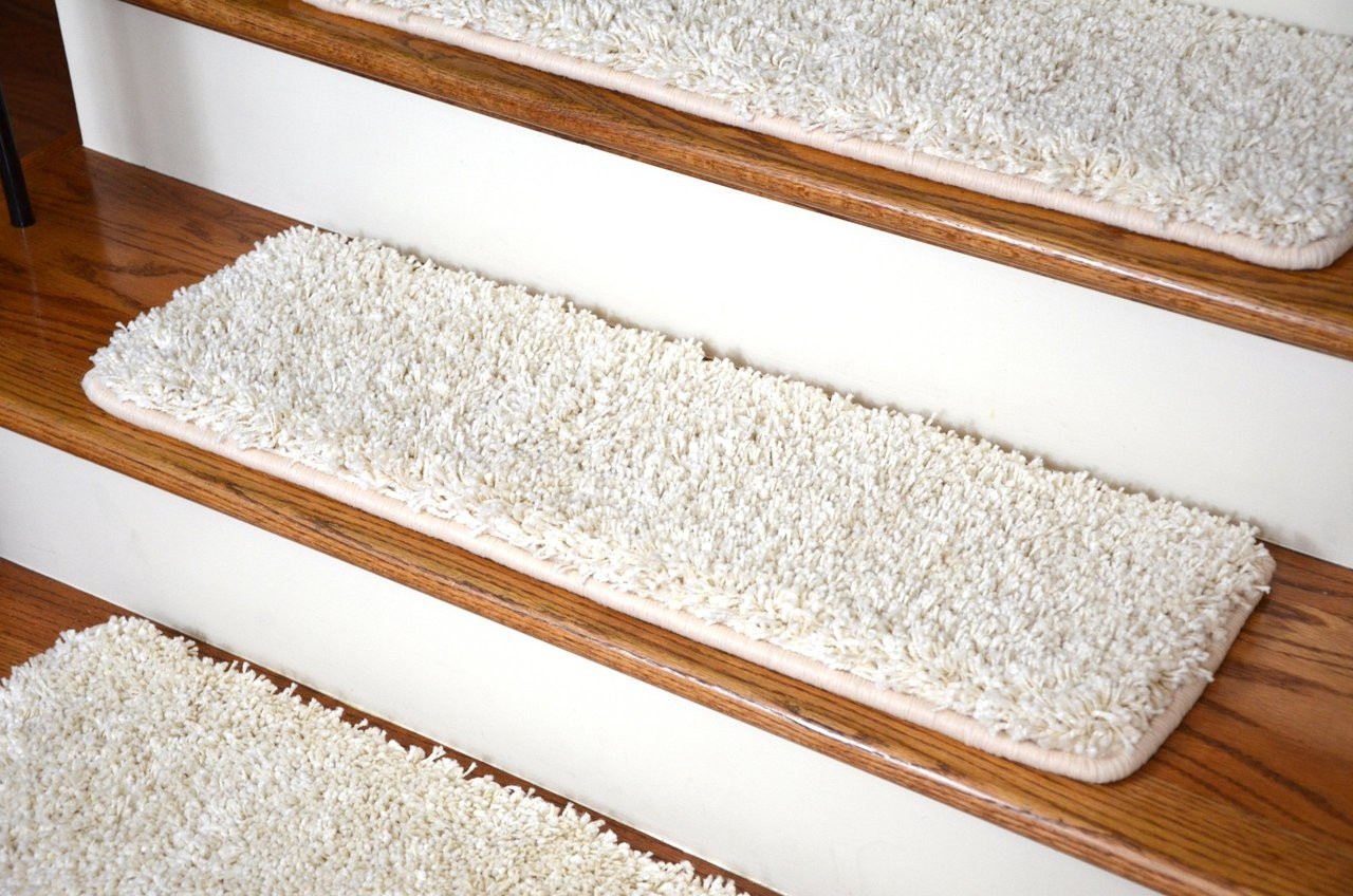 Dean Serged Diy Premium Carpet Stair Treads 30 X 9 Deluxe   Rubber Backed Carpet Stair Treads   Ottomanson Softy   Wood   Softy Stair   Slip Resistant Rubber   Beige