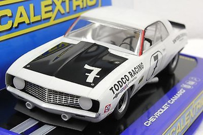 C3221 Scalextric 1969 Chevrolet Camaro Z28 Trans Am 7 1 32 Slot Car Great Traditions