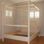 English Farmhouse Spindle Canopy Bed Ann Bradshaw Kirchofer