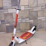 Kids Scooter 2 Wheel 200 C With Stand A Ally Sons