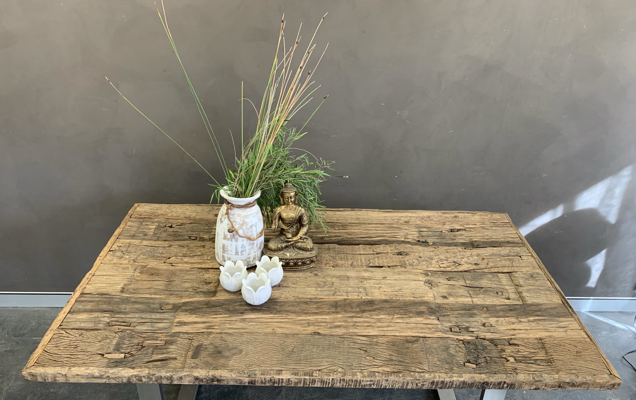 rustic coffee table with black iron legs 170 x 100