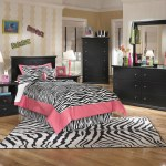 The Maribel Black 6 Pc Dresser Mirror Chest Twin Panel Headboard 2 Nightstands Available At Gibson Mcdonald Serving Waycross Ga And Surrounding Areas