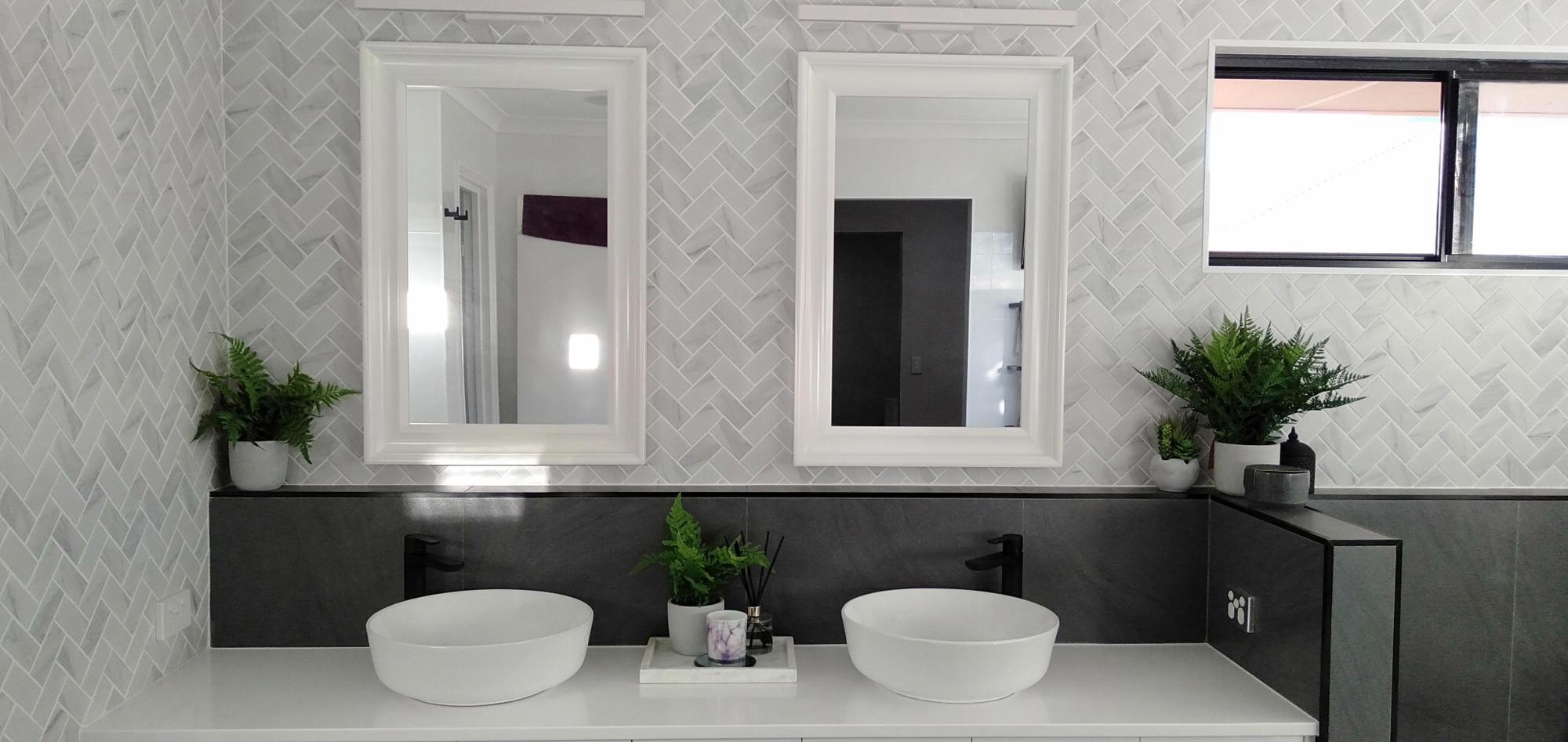carrara look porcelain herringbone tile 95x45mm