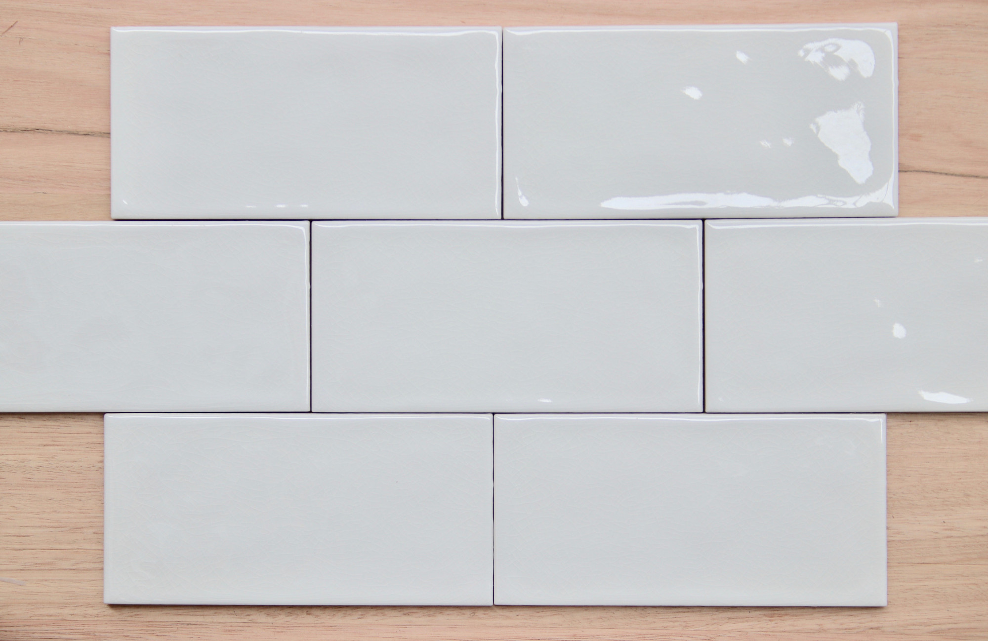 white craquelle subway tile 150x75mm