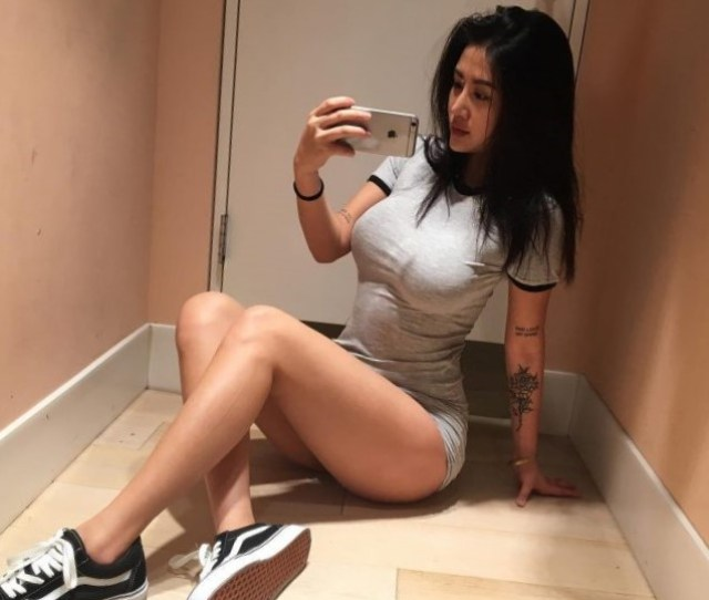 Sport Style Sexy Girl Perfect Body Selfie Mirror Love