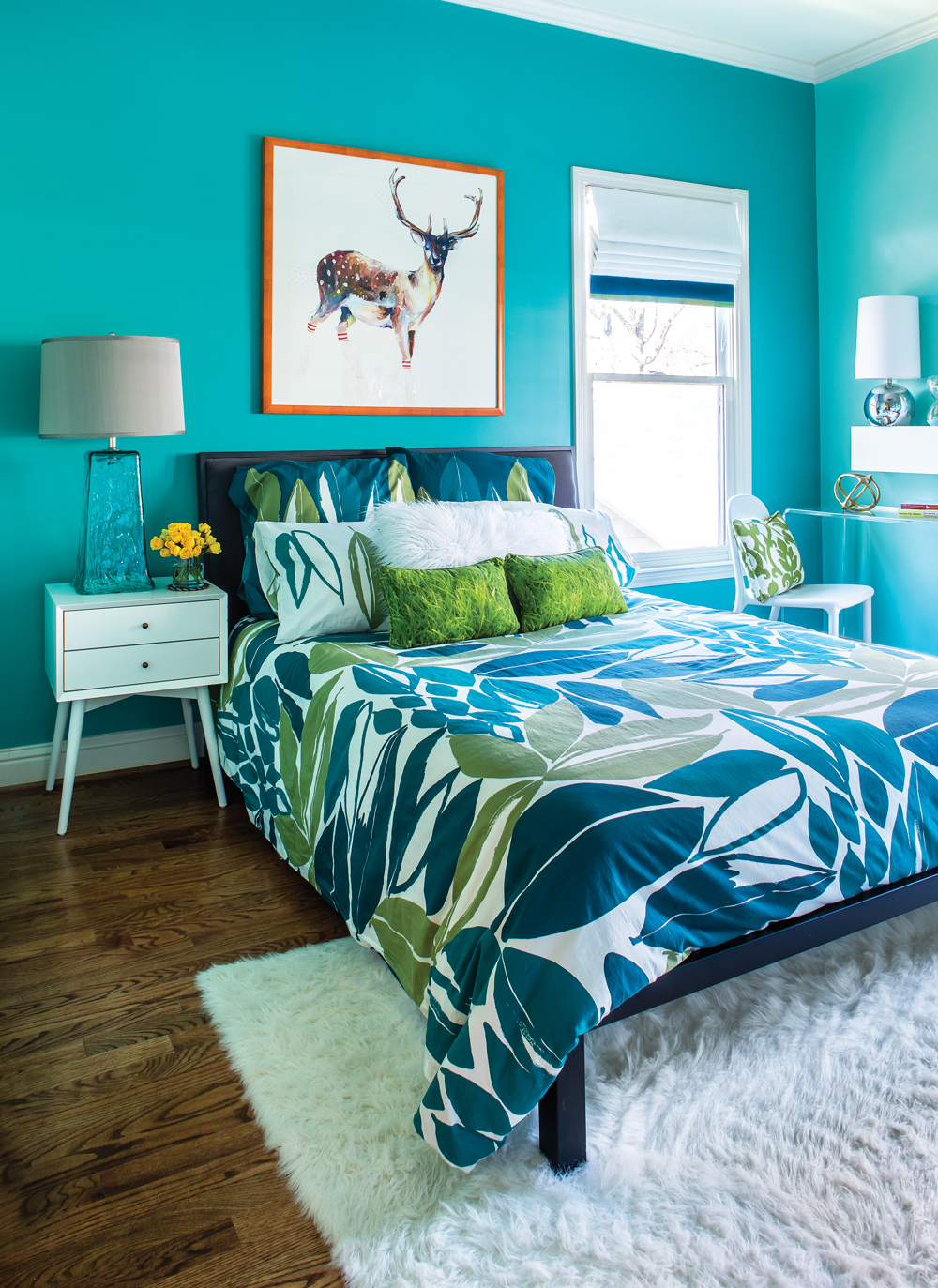 Room Envy: This bright turquoise bedroom is a teen dream ... on Teenage Room  id=44061