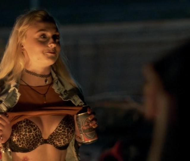 Sophie Turner In Josie