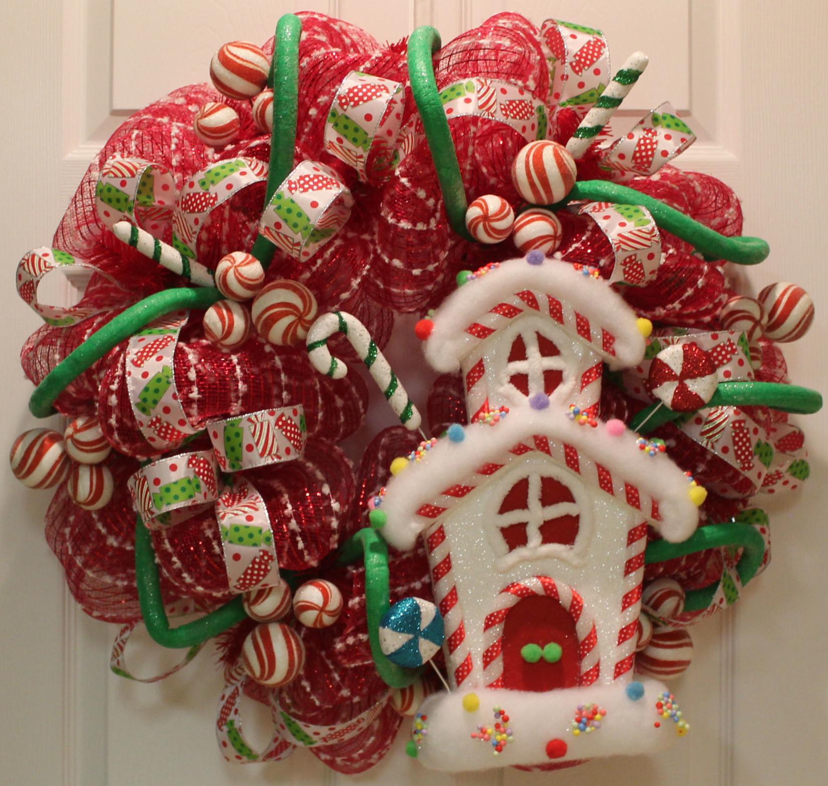 DIY Mesh Holiday Wreath Tutorial Candyland The Wreath