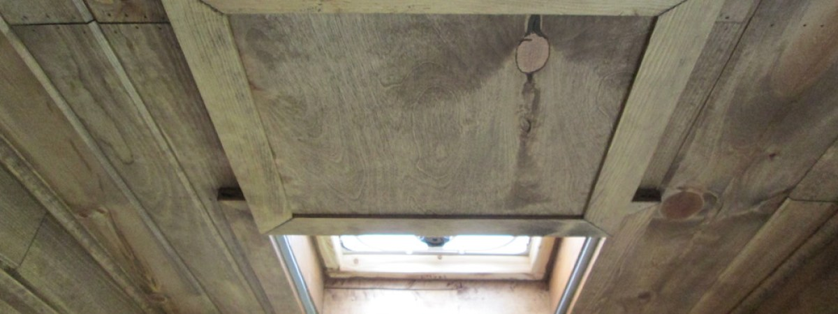 Skylight Cover / Gray Water Tank