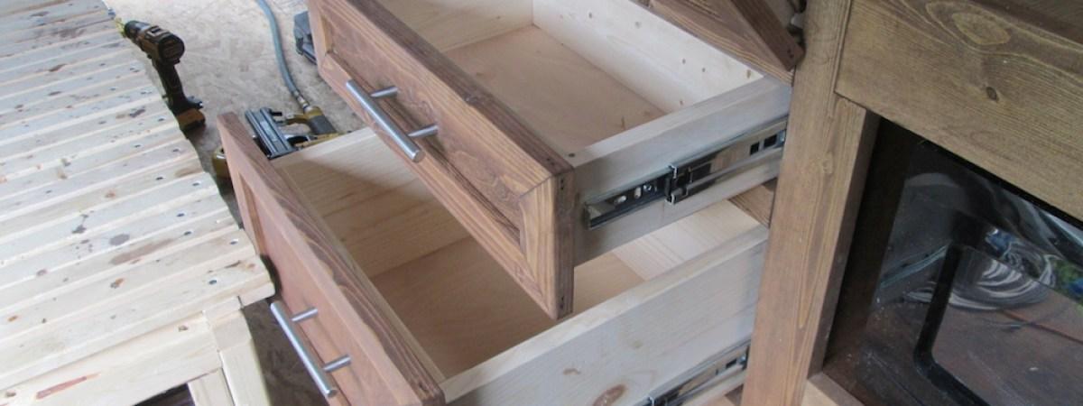 Building the Kitchen (Part 5)