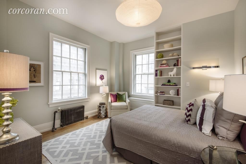 Uma Thurman's bedroom3