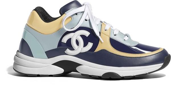HOT・Stuff/歐陽姊妹花搶著穿 香奈兒布鞋是街頭與奢華的完美平衡 | ET Fashion | ETtoday新聞雲