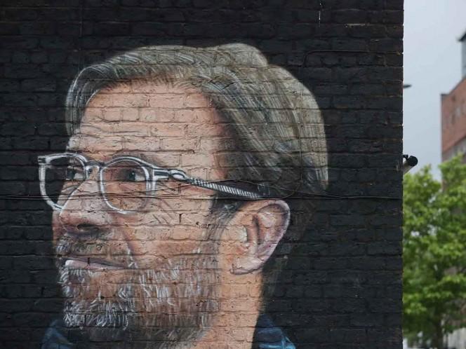 Un mural sobre Jurgen Klopp en Liverpool tras conseguir el título de la Liga Premier (Fotos: Reuters)