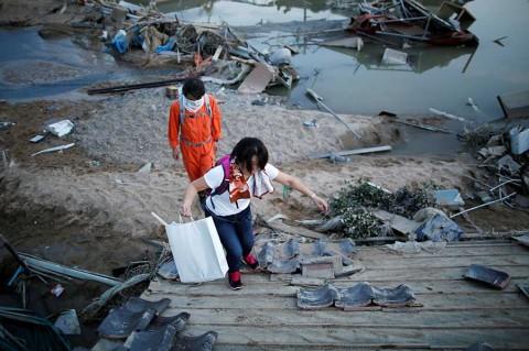 Van más de 100 muertos en Japón por lluvias