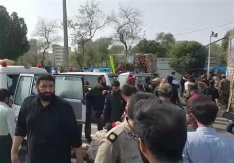 Presidente de Irán promete 'respuesta aplastante' tras ataque