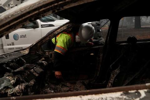 Suman 25 muertos en California por incendios forestales