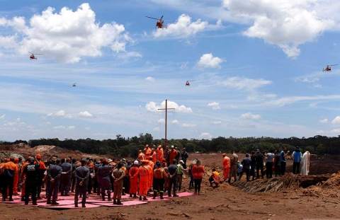 Ascienden a 121 los muertos por tragedia minera en Brasil