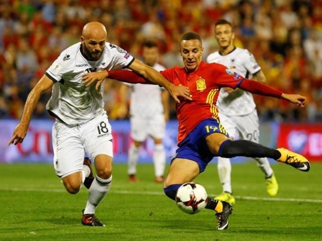 España permitió de insistir. Con los 3 tantos y el empate de Italia ante Macedonia, La Furia Roja se puede declarar calificada al Mundial de Rusia