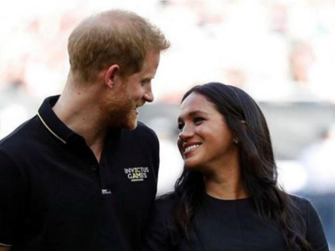 Príncipe ignora a Meghan Markle durante juego de 'beis'