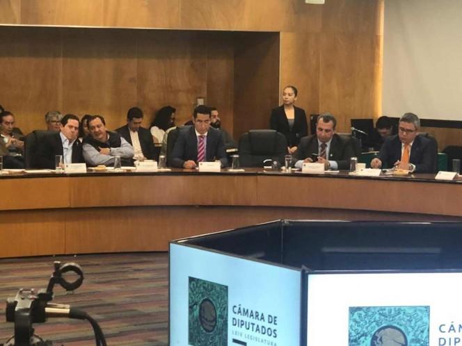 Ante las Comisiones de Hacienda y de Justicia de la Cámara de Diputados, Armando Piedra advirtió que podría desalentarse la inversión en el país. Foto: Especial