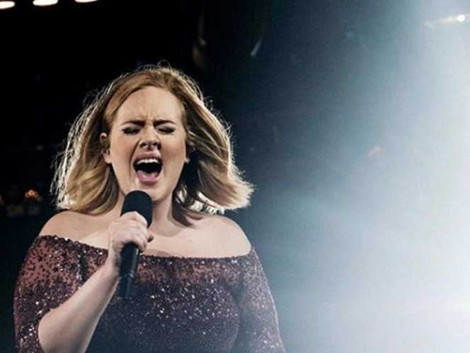 Adele began to diet and exercise since last October. Photo Instagram: adele