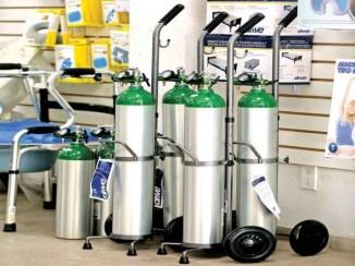 Alertan de uso de oxígeno en casa; denuncian alzas excesivas en el gas