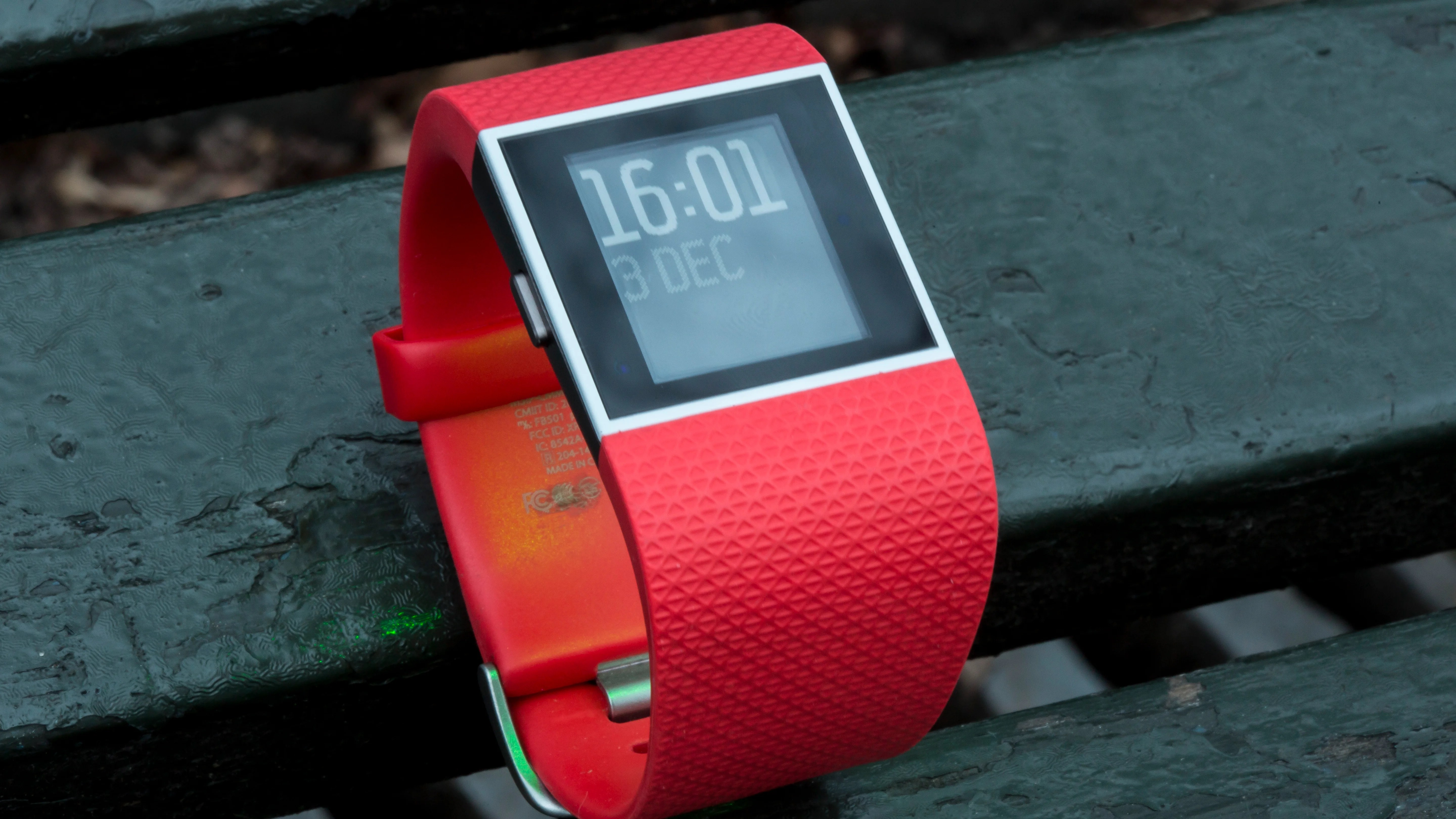Fitbit Surge Review Gone But Not Forgotten Expert Reviews