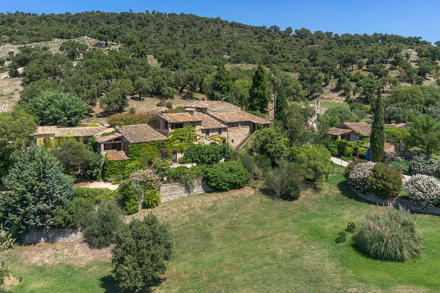 Johnny Depp formed his 37-acre estate in Le Plan-de-la-Tour from an authentic Provençal village dating back to the late 18th century. Depp personally supervised the complete restoration of each building and upgraded each structure for luxurious 21st-century living.