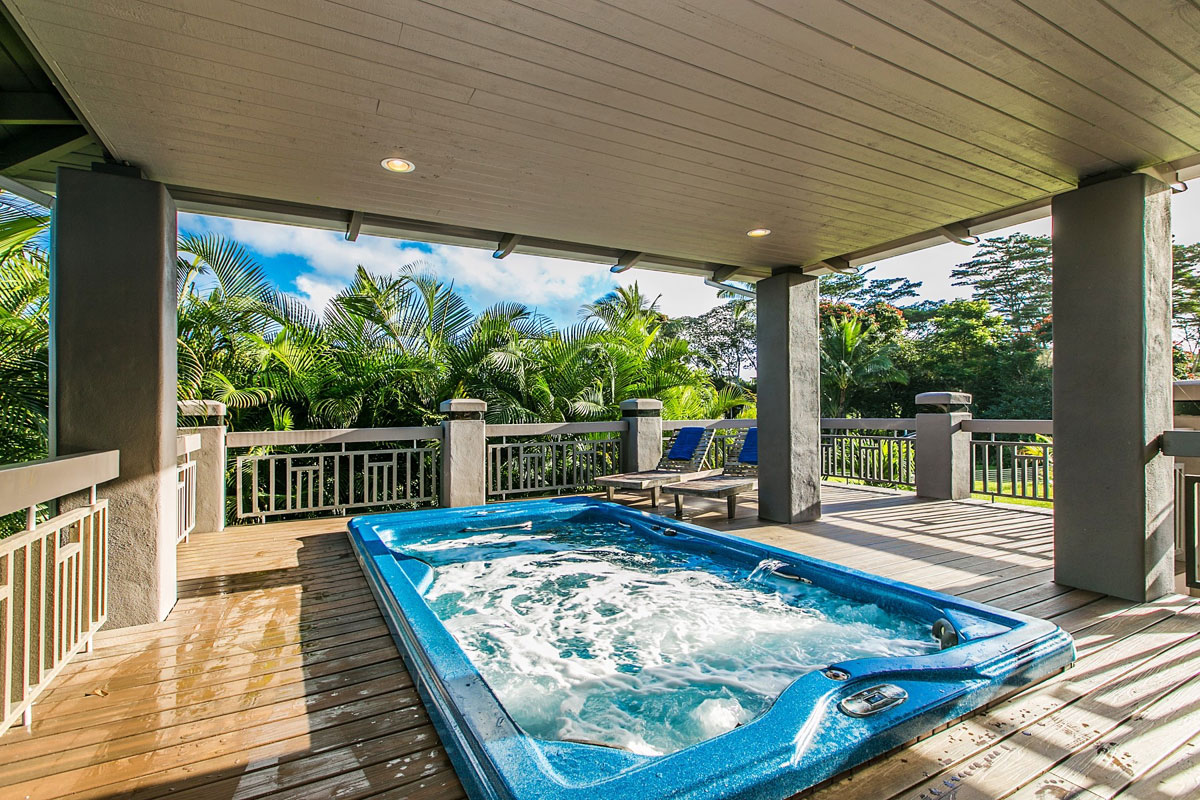 This property in Hawaii has a built-in Michael Phelps swim spa.Michael Phelps Signature Swim Spas by Master Spas were developed with input from 18-time gold medalist Michael Phelps and his coach Bob Bowman for all types of training, swimming, fitness programs and aquatic therapy.Itfeatures a unique propeller design that provides a wide, deep and smooth current — giving you a swimming experience that is far superior to any other swim spa. TheMichael Phelps Swim Spa is energy efficient and hasdigital controls allowing you to set the water temperature where it's most comfortable.